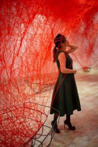 森美術館の「塩田千春展:魂がふるえる」